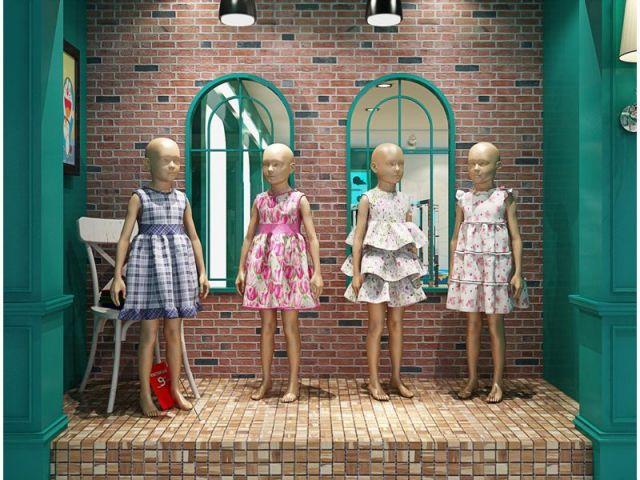 儿童服装精品厨窗模特