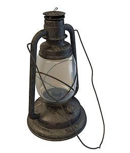 老式煤油灯模型