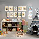 儿童房玩具储物柜相框墙组合模型