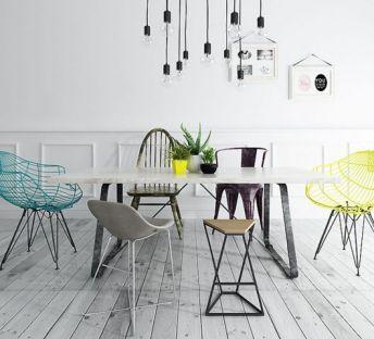 北欧风餐桌椅灯泡吊灯组合