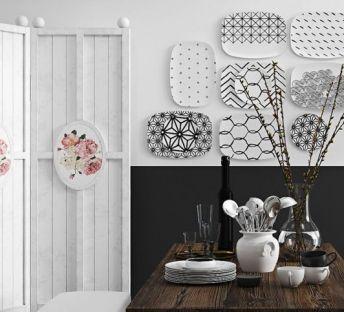 木质餐桌椅盘子墙饰组合