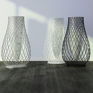 现代铁艺网式花瓶模型