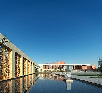 室外校园博物馆水池