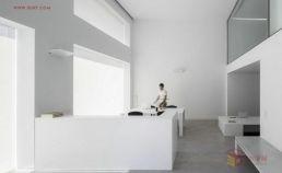 【创意分享】极简设计的Cointec办公室